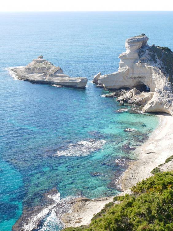 bonifacio-corse-calcaire-falaise